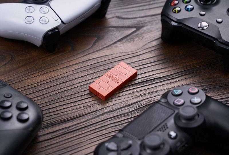 Адаптер 8BitDo Wireless USB Brick Brown дополнительное изображение 1