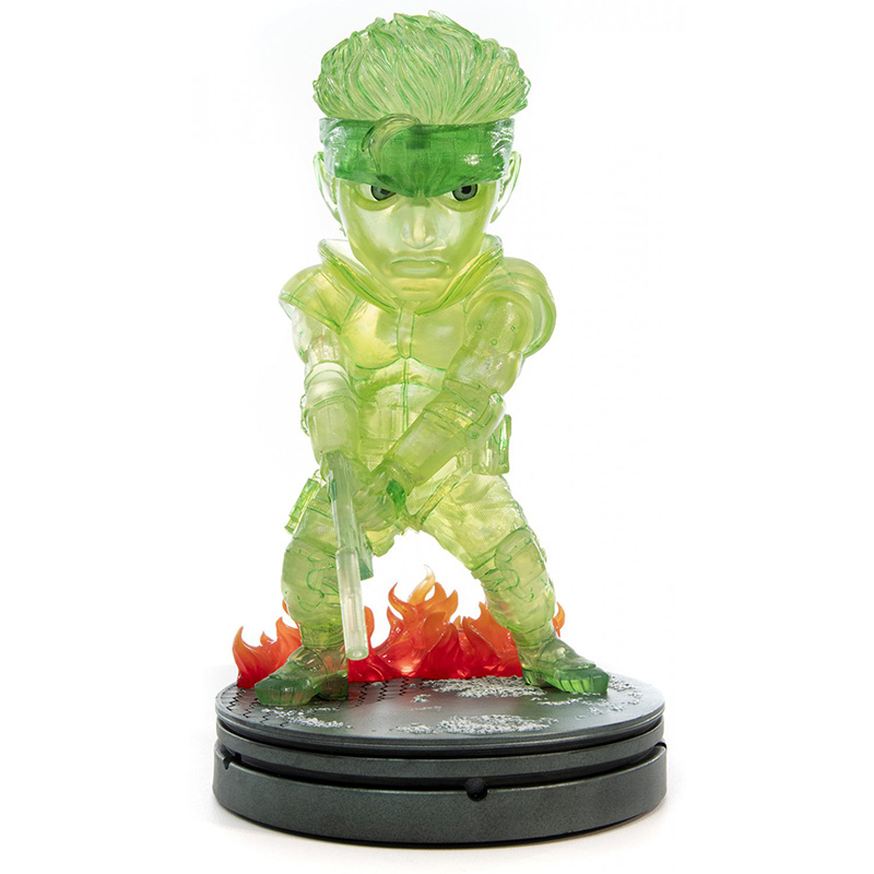 Metal Gear Solid - Solid Snake SD Statue 2  Neon Green Edition дополнительное изображение 1